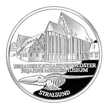"""10-DM-Silbermünze """"750 Jahre Katharinenkloster & 50 Jahre Museum Stralsund"""", Stempelgl"""