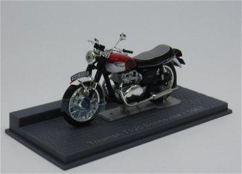Modell-Motorrad:Triumph T120 Bonneville von 1967(IXO, 1:24)