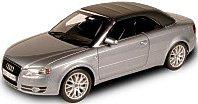 Modellauto:Audi A4 Cabriolet von 2006, silber(Norev, 1:18)