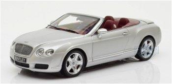 Modellauto:Bentley Continental GTC von 2006, silber(Minichamps 1:18)