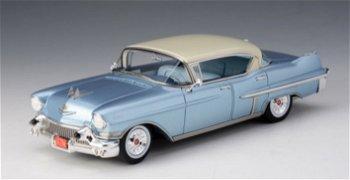Modellauto:Cadillac Fleetwood Series 60 Sedanvon 1957, blau-weiß(GLM, 1:43)