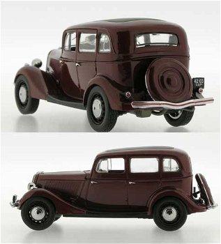 Gaz M1 von 1941, dunkelrot(Ist Models, 1:43)
