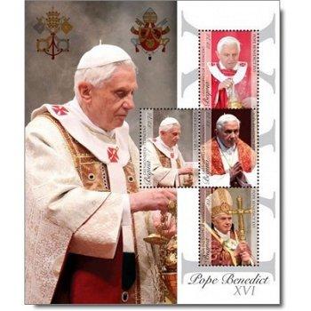 Papst Benedikt XVI. - Briefmarken-Block postfrisch, St. Vincent und Grenadinen