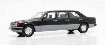 Modellauto:Mercedes-Benz W124 lang von 1990, schwarz(Cult Scale Models, 1:18)