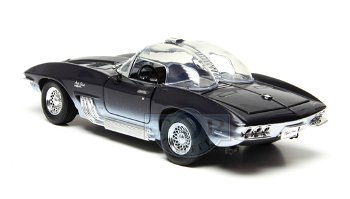 Modellauto:Chevrolet Corvette - Mako Shark - von 1961(Motor Max, 1:18)