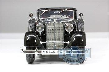 Modellauto:Maybach SW 38 Cabrio 4-türer von 1937, schwarz(Signature Models, 1:18)