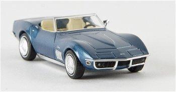 Modellauto:Chevrolet Corvette C3 Cabriolet, blau-metallic(Brekina, 1:87)