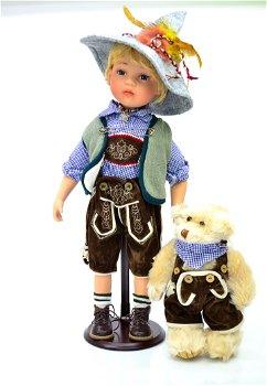 """Porzellan Puppe """"Bertl""""- limitiert auf 999 Stück"""