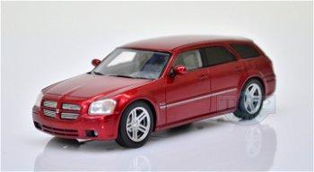 Dodge Magnum RT Hemi von 2005(Spark, 1:43)