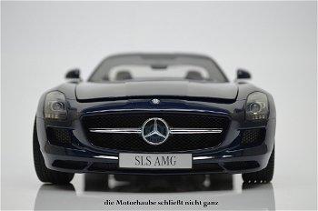 Modellauto:Mercedes-Benz SLS 6.3 AMG, dunkelblauII. Wahl(Premium ClassiXXs, 1:12)