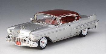 Modellauto:Cadillac Fleetwood Series 60 Sedan von 1957, silber-rot(GLM, 1:43)