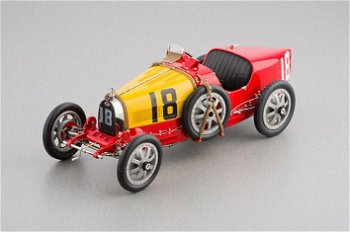 Modellauto:Bugatti T35 mit # 18 - GP Spanien -, rot-gelb(CMC, 1:18)
