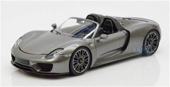 Modellauto:Porsche 918 Spyder von 2013, grau-metallic(Minichamps, 1:18)