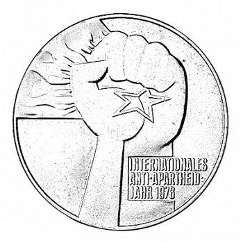 """5-Mark-Münze 1978 """"Internationales Anti-Apartheid Jahr"""", DDR"""