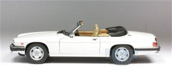Modellauto:Jaguar XJ-S Cabriolet von 1988, weiß(AUTOart, 1:18)
