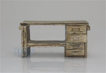 Diorama Zubehör:Werkbank aus Holz(AT Collections, 1:32)