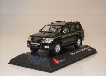 Modellauto:Toyota Land Cruiser 200 VXR V8 von 2010, schwarz(J-Collection, 1:43)