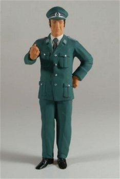 Figur:Volkspolizist(figurenmanufaktur, 1:18)