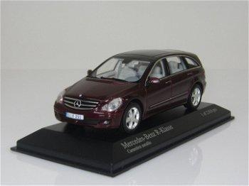 Modellauto:Mercedes-Benz R-Klasse von 2006, dunkelrot-metallic(Minichamps, 1:43)