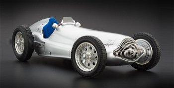 Mercedes-Benz W154 von 1938 - CMC, 1:18