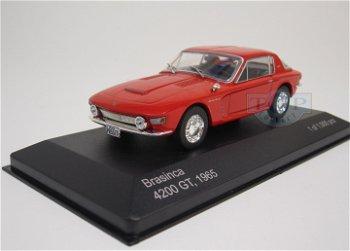 Modellauto:Brasinca 4200 GT von 1965, rot(WhiteBox, 1:43)