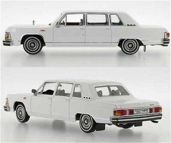 Modellauto:Gaz 14 Tchaika von 1978, weiß(IST Models, 1:43)