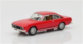 Modellauto:Lancia 2000 Coupé HF von 1971, rot(Starline Models, 1:43)