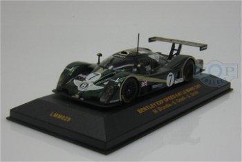 Modellauto:Bentley EXP Speed 8 mit # 7(IXO Models, 1:43)