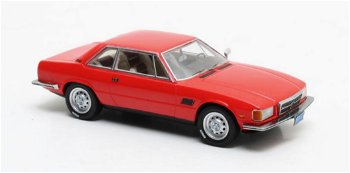 Modellauto:De Tomaso Longchamp von 1972, rot(Matrix, 1:43)