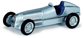 Mercedes-Benz W 25- Der erste Silberpfeil - CMC, 1:18